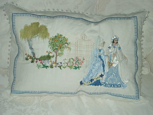 Elizabethan World Machine Embroidery Designs