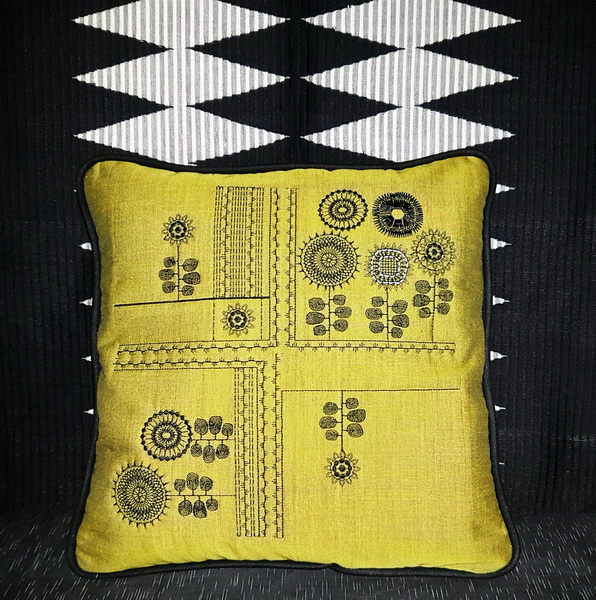 Contemporary Chic Machine Embroidery Designs by Stitchingart. Retro style cushion.