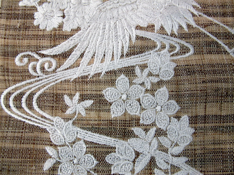Hiroto Machine Embroidery Designs. Wall Hanging with bird and flowers. Japanese style design
