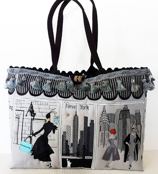 New York Machine Embroidery Designs by Stitchingart. Embroidered bag. Front of bag.